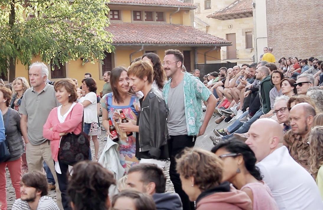 Público asistente a la terraza del Culutur3 Club en la pasada edición